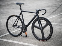 8BAR KRZBERG ALL BLACK