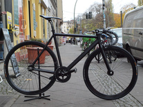 8bar KrzBerg v2// Ghostblack