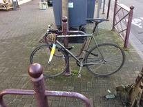 (STOLEN BIKE) GOLDSPRINT RONIN BANANA :( photo
