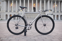 Mercier kilo chrome/black photo