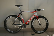 Pinarello Xtrack Madison photo