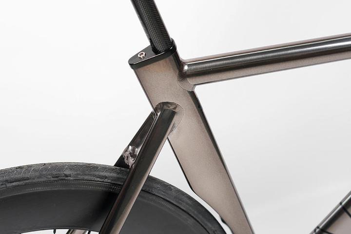 Aero Seatpost Clamp Pedal Room