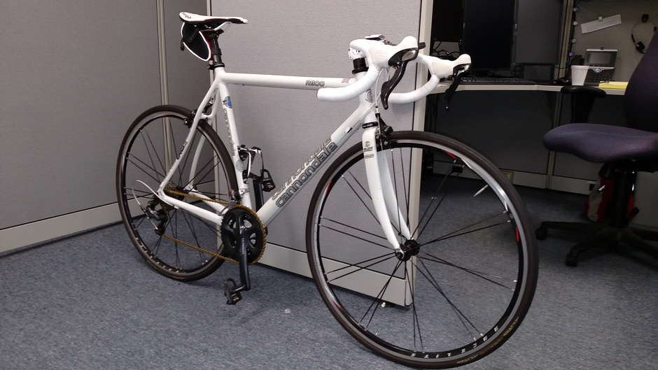 2001 Cannondale R800 - Pedal Room