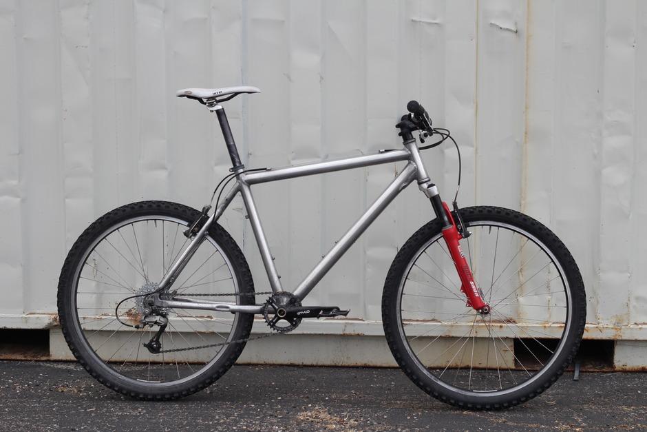 Category Mountain Bike Pedal Room