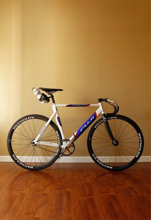 2004 Fuji Track Pro Pedal Room
