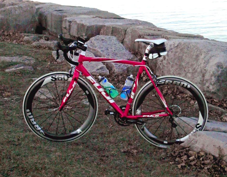 2012 fuji roubaix pedal room