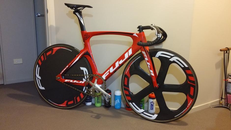 2014 Fuji Track Elite Pedal Room
