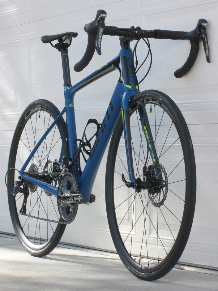 2016 Giant Defy Advanced 3 Pedal Room