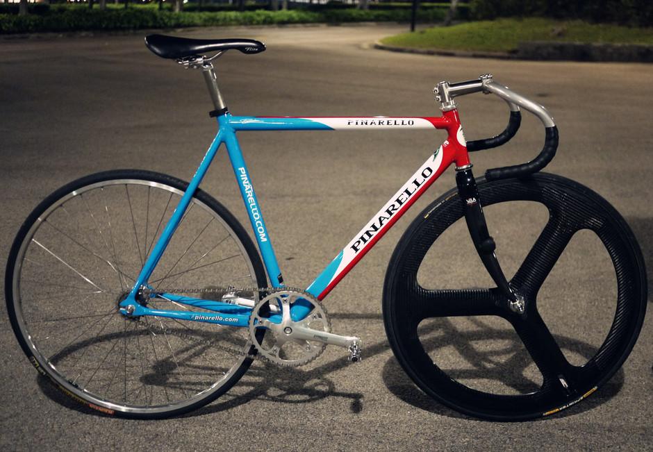 90 S Pinarello Track Bike Pedal Room
