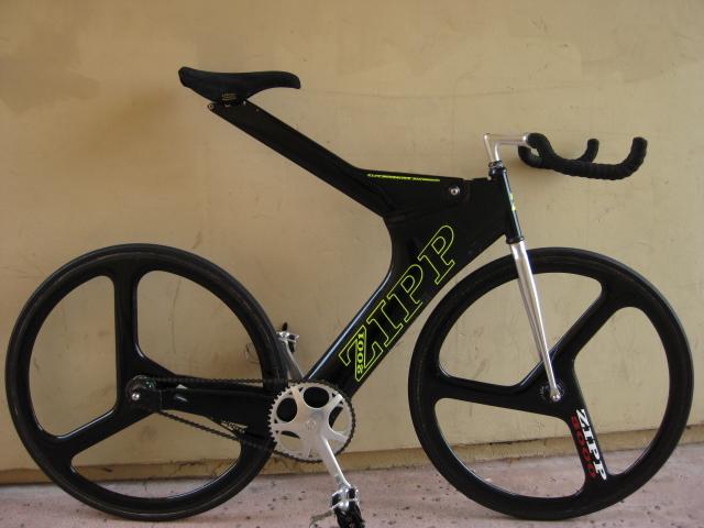 90 S Zipp 2001 Bike Pedal Room