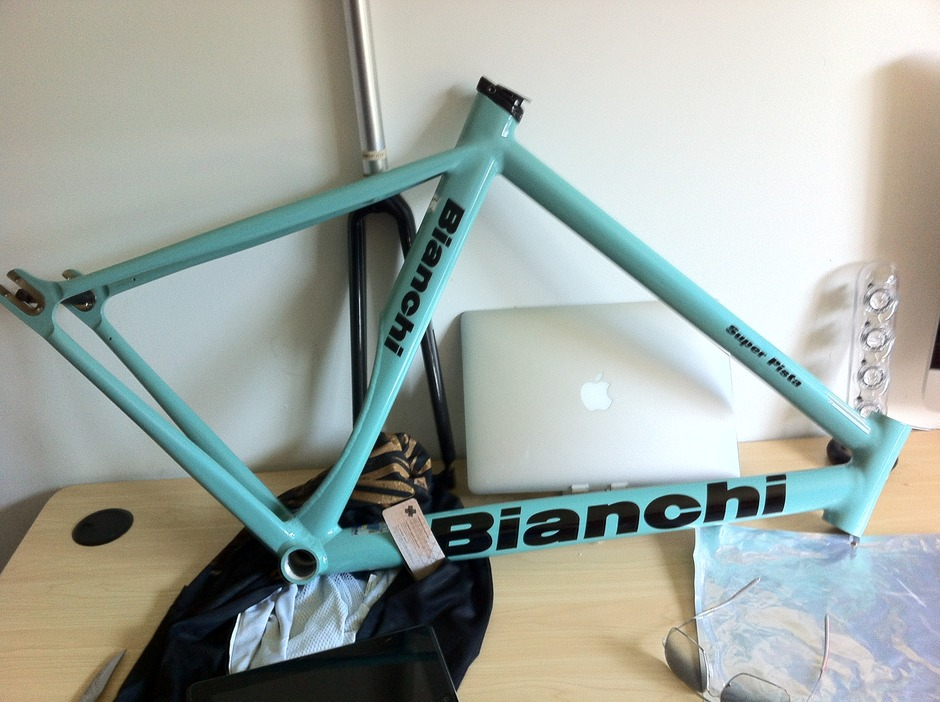 Bianchi Fixie 2012 Pedal Room
