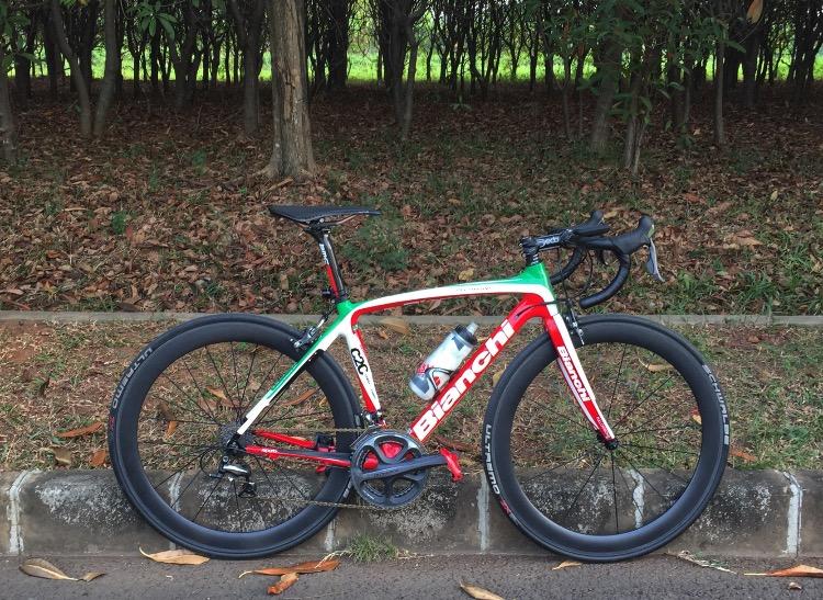 Bianchi Infinito Tricolore Italian Flag Pedal Room