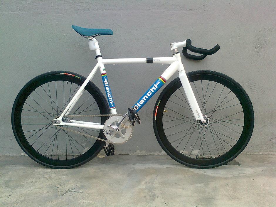Bianchi Pista Dalmine 2011 Pedal Room