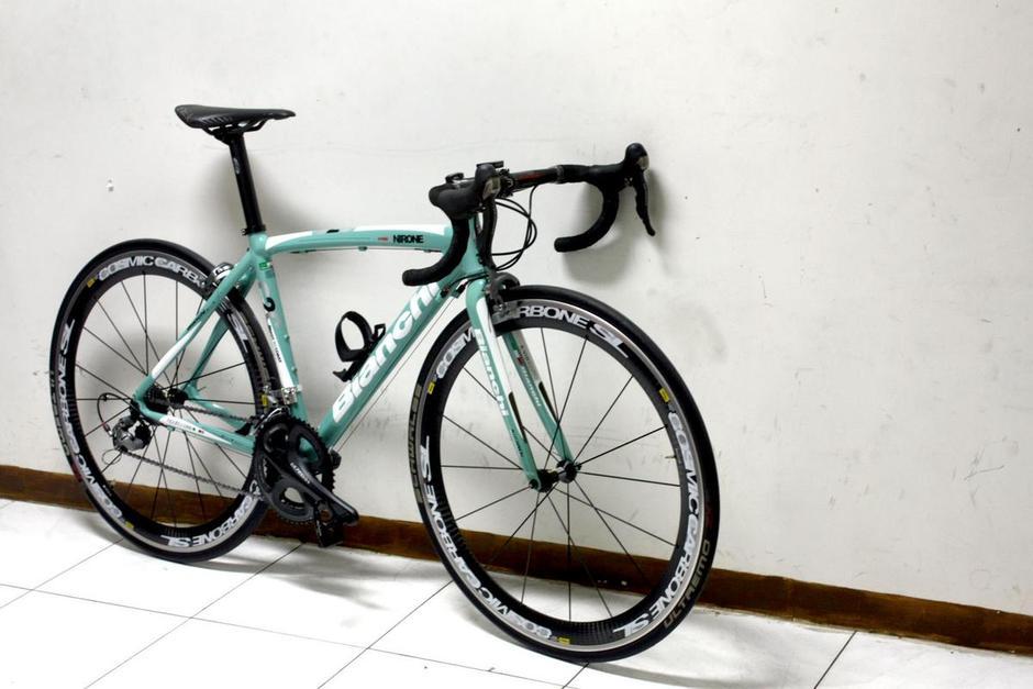 Bianchi Should Be Celeste Pedal Room