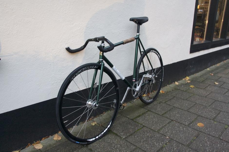 brick lane bike lopro pedal room