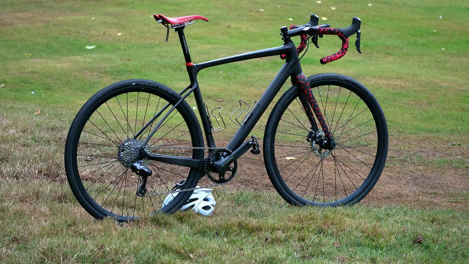 carbonda gravel bike 1x11 di2 pedal room. Black Bedroom Furniture Sets. Home Design Ideas