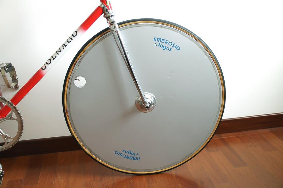 https://www.pedalroom.com/p/colnago-super-pursuit-33073_4.jpg