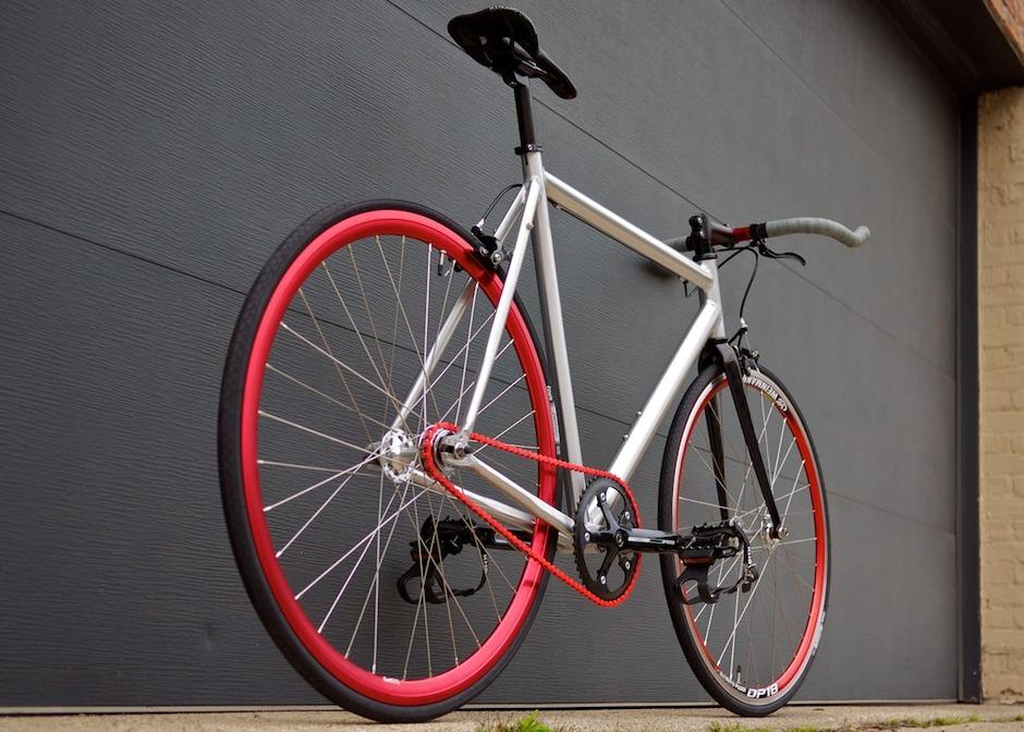 Dawes Sst Al Silver Red Pedal Room