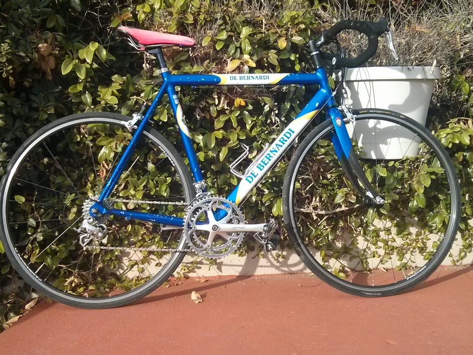 De Bernardi Road Bike Pedal Room