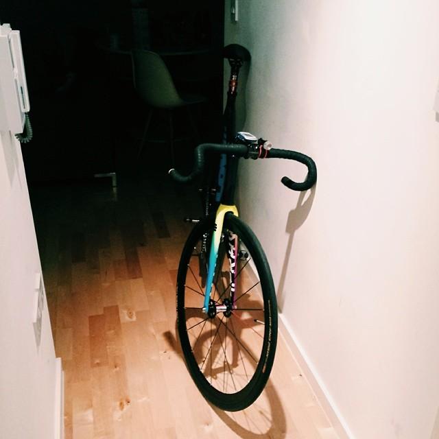 LOW// Pursuit x DSC *FRAME 4 SALE** - Pedal Room