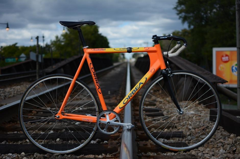 Orbea Lobular Track- Team Euskaltel - Pedal Room