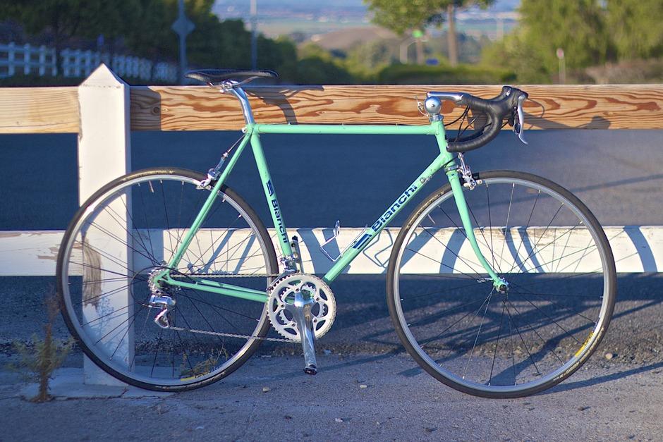 RestoMod Celeste Bianchi Road Bike - Pedal Room