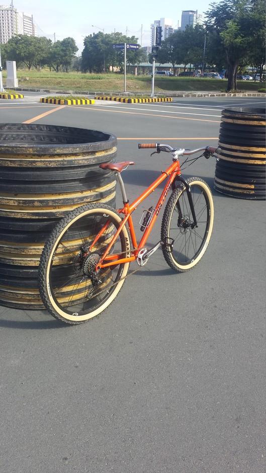 Orange Retro Pedal Room