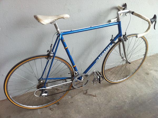 Velo Schauff Road Bike Pedal Room
