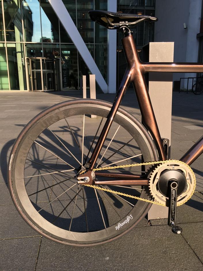 Suicycle Custom Aero Track Bike Pedal Room