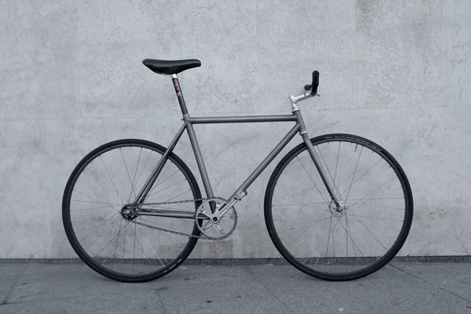 Titanium track bike - Pedal Room