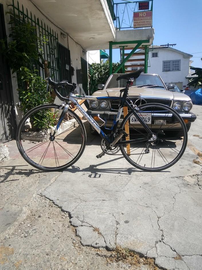 Trek 5000 Oclv 120 Full Carbon Road Bike Pedal Room
