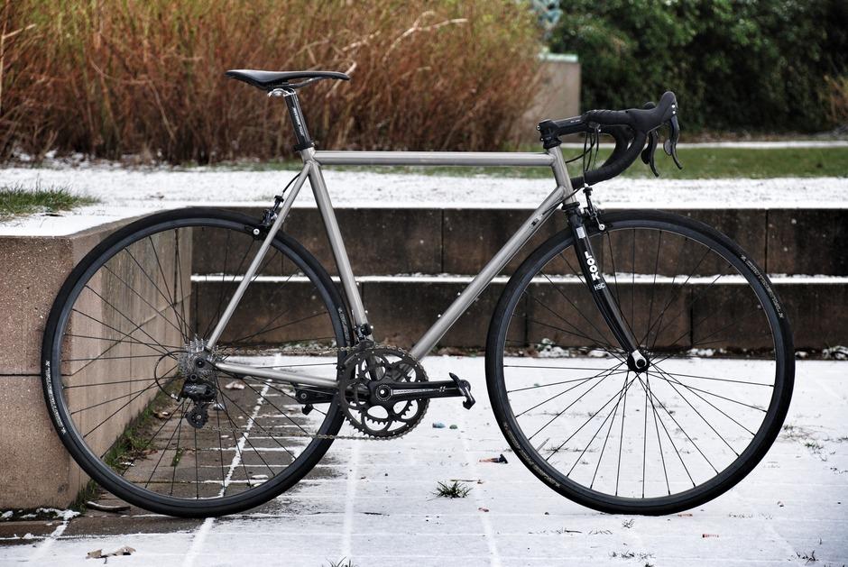Voss Titanium Quantum Roadbike Pedal Room